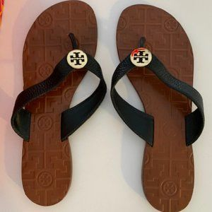 Tory Burch THORA leather and metal logo sandals